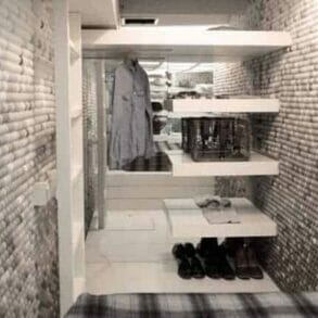 brooklyn apartment decorated with 25000 ping pong balls2