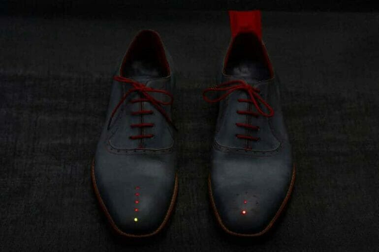 gpsshoes01