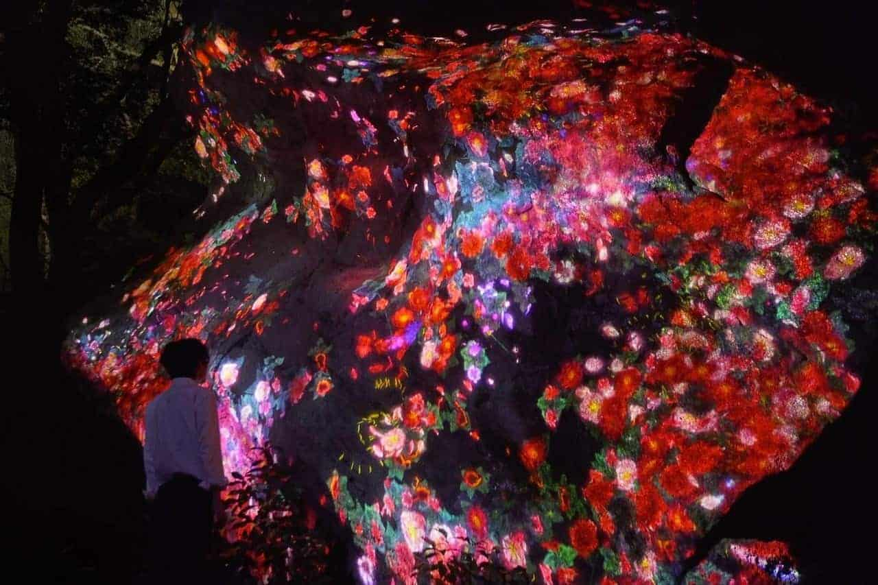 teamLab - A Forest Where Gods Live